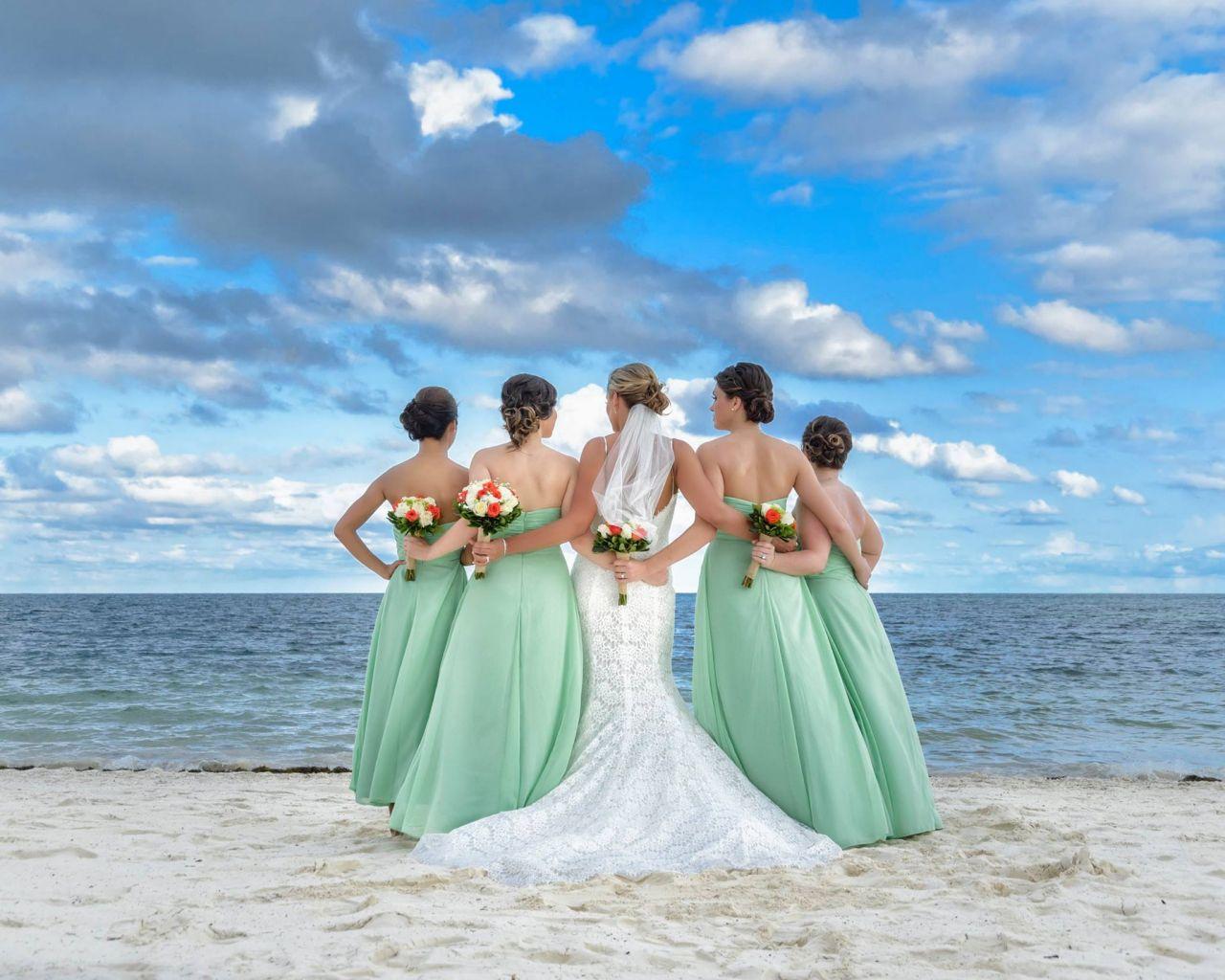 Matrimonio Simbolico En La Playa : Tendrás una boda de playa durante el aspectos a
