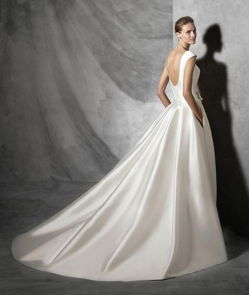 f55506e43 Hoy hablamos sobre la tela de tu vestido 1
