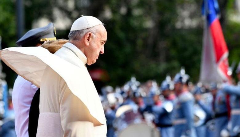 papa Francisco sorprende a novios 6