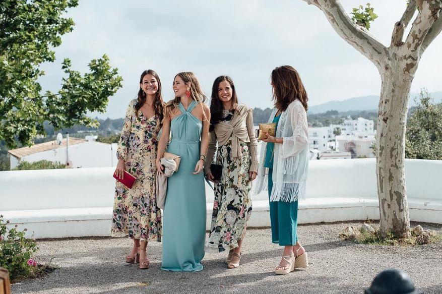 nuevas tendencias en código de vestimenta para bodas 112