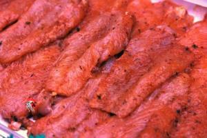 Filetes de Contramuslo de Pollo con Adobo Casero de la Vera