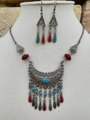 Parure maya collier plastron et boucles d'oreilles métal et émail rouge et bleu turquoise