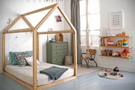 Une chambre d'enfant mixte
