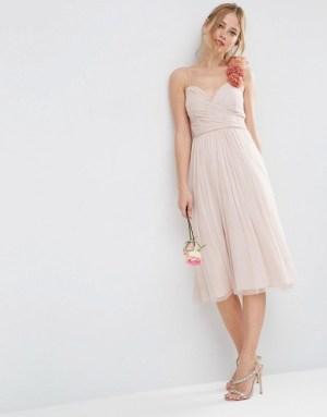 asos-wedding-robe-mi-longue-volantee-avec-bretelle-ornee-de-fleurs-en-tissu