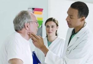 Aprenda cuáles son sus opciones de planes de salud de Medicare, señalan especialistas.