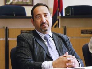 Pat Sánchez, del Distrito Escolar de Commerce City.