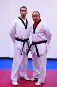 La familia Martínez (Steven y Georgie Sr.), una tradición en el arte del Taekwondo.