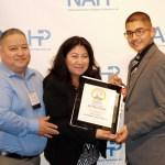 Joel, Mary y Emilio Flores en la Convención Nacional de la NAHP.