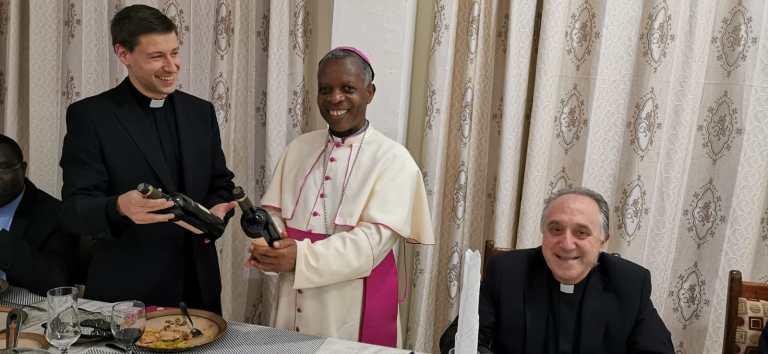 Con el Obispo de Ruhengeri