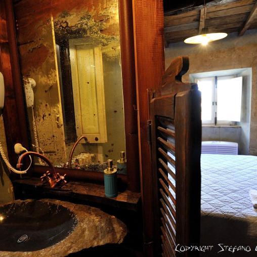 Stanza Van Gogh – Second floor