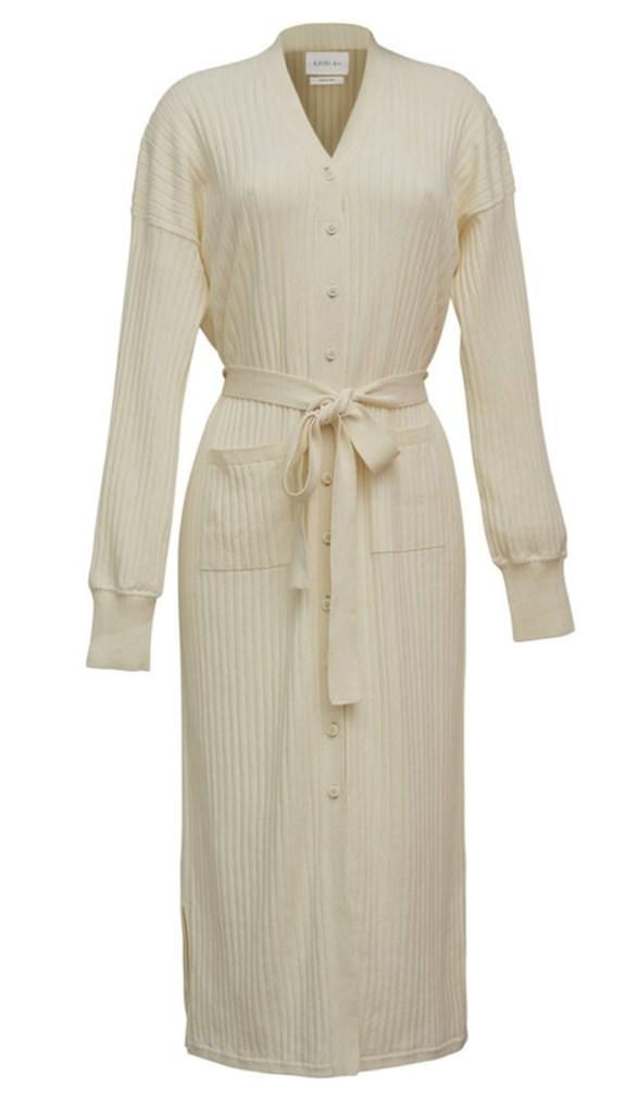 robe eleven six