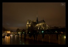 028 - Notre Dame la nuit