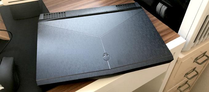 Penampakan bodi laptop Alienware 13 R3 (imgur: Swirklich)