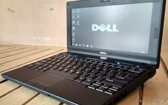 Netbook Bekas Dell Lattitude 2110