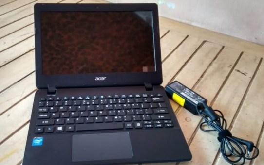 Netbook Bekas Acer ES1-111