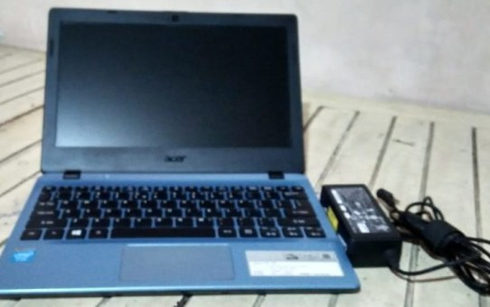 Netbook Second Acer V5-132