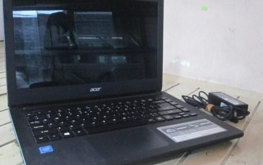Laptop Bekas Acer ES14 ES1