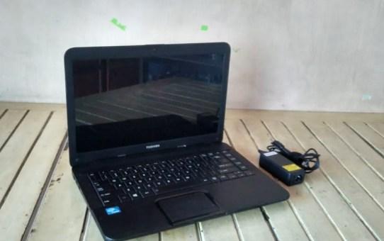 Laptop Bekas Toshiba C 800