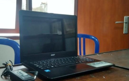 Laptop Bekas Acer Z1402