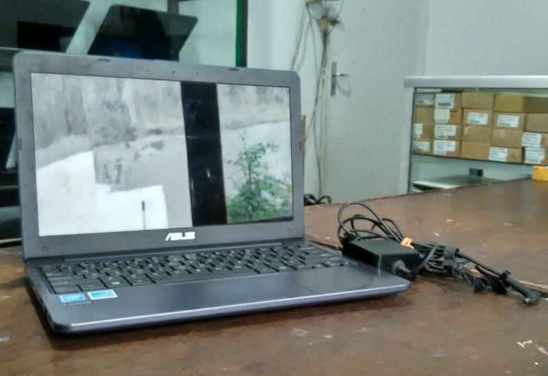 laptop bekas asus e203n