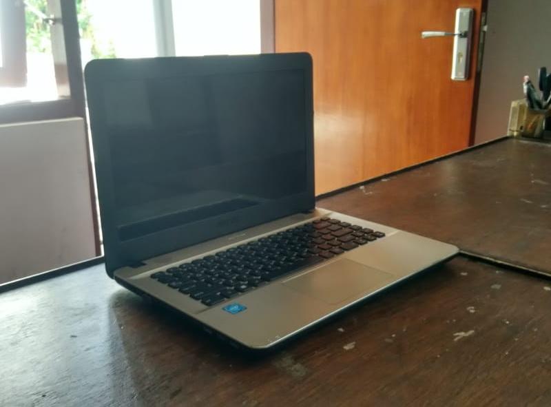 laptop bekas asus x441na-bx001