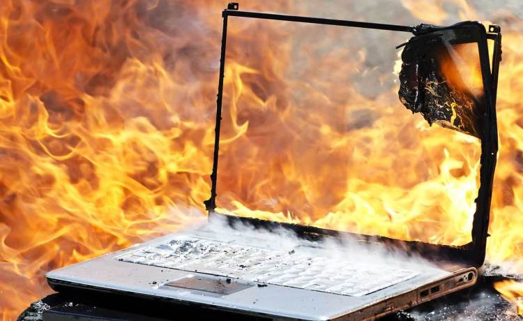 How to Stop Laptop Overheating? Tips and Solutions - LaptopHungry