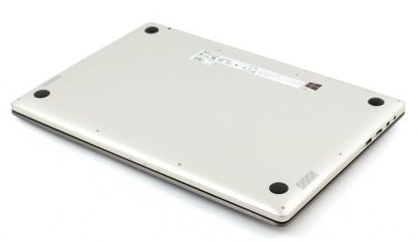 ASUS UX501 bottom1