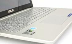 ASUS UX501 keyboard detail1