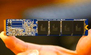 Phison-M.2-NVMe-110-SSD-Back1