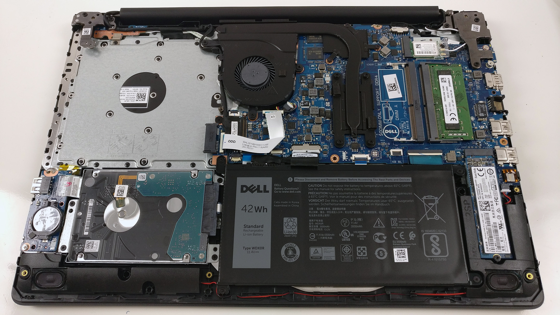 Dell Inspiron 15 5570 (Core i7-8550U, AMD Radeon 530) review