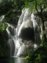 Water that falls-001