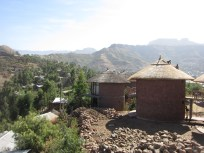 Las habitaciones del hotel están repartidas en casas tradicionales o tukuls