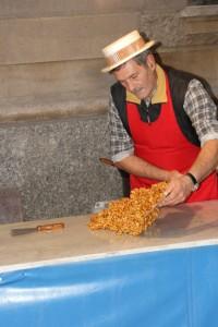 san-baudolino-mercato-bancarelle-dolce-croccante-mestieri-200×300