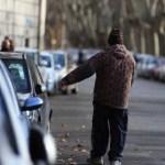 Spogliato il parcheggio Berlinguer, ora è senz'alberi