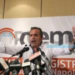 """Il sindaco di Napoli ad Alessandria: """"Vi spiego come si governa"""""""