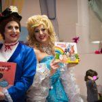 Le favole lette dalle drag queen scatenano la polemica (e le minacce?). Il Sindaco scopre le femministe