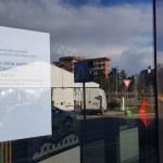 Outlet aperto, biblioteca chiusa: il coronavirus degli ignoranti