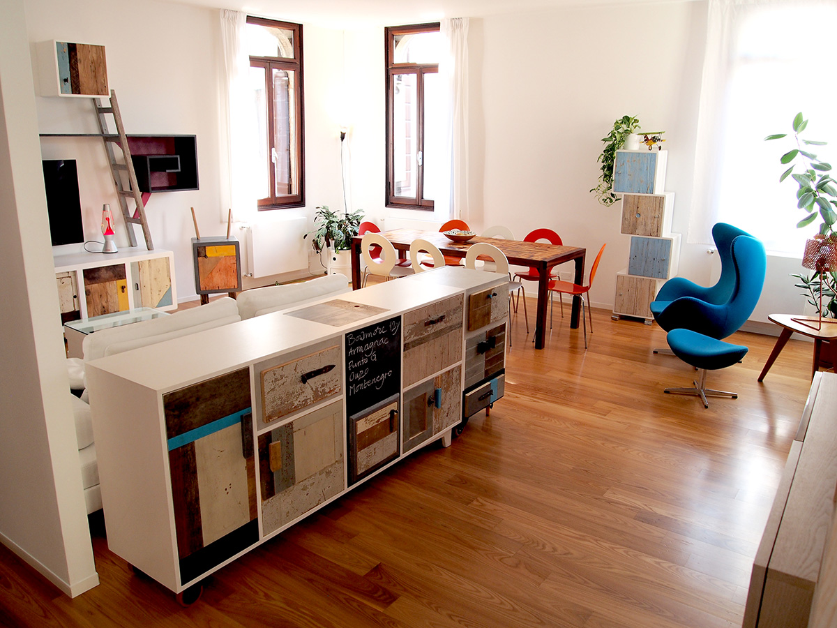 arredi per soggiorno su misura legno recupero parete attrezzata contemporanea