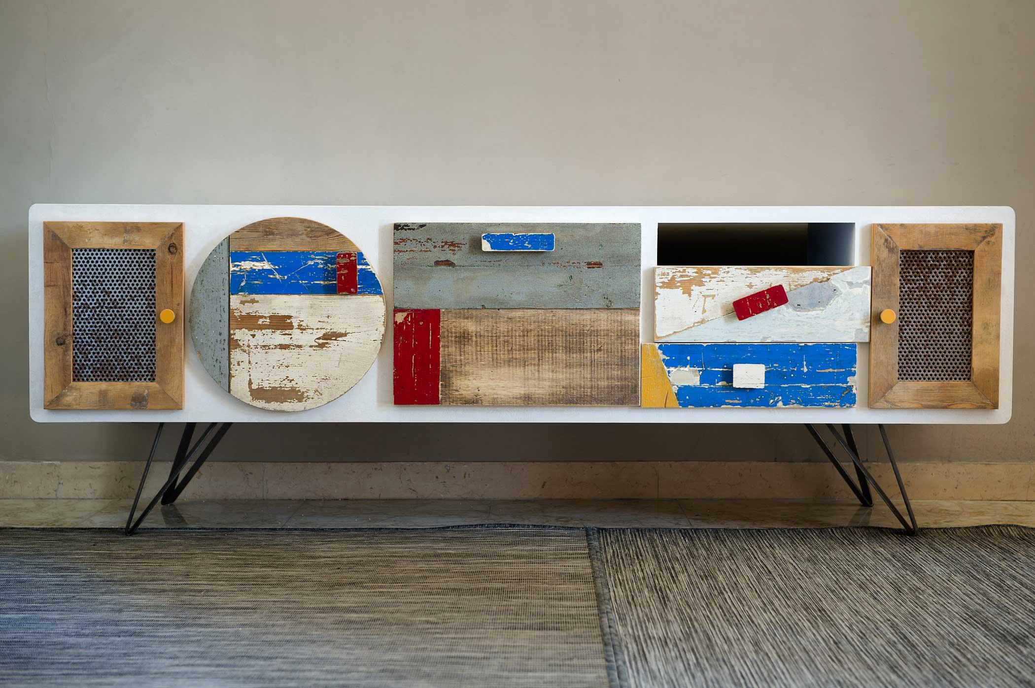 Credenza bassa, modulo tv per salotto in legno riciclato