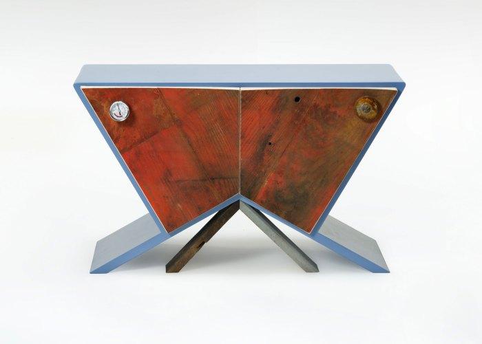mobiletto in legno riciclato