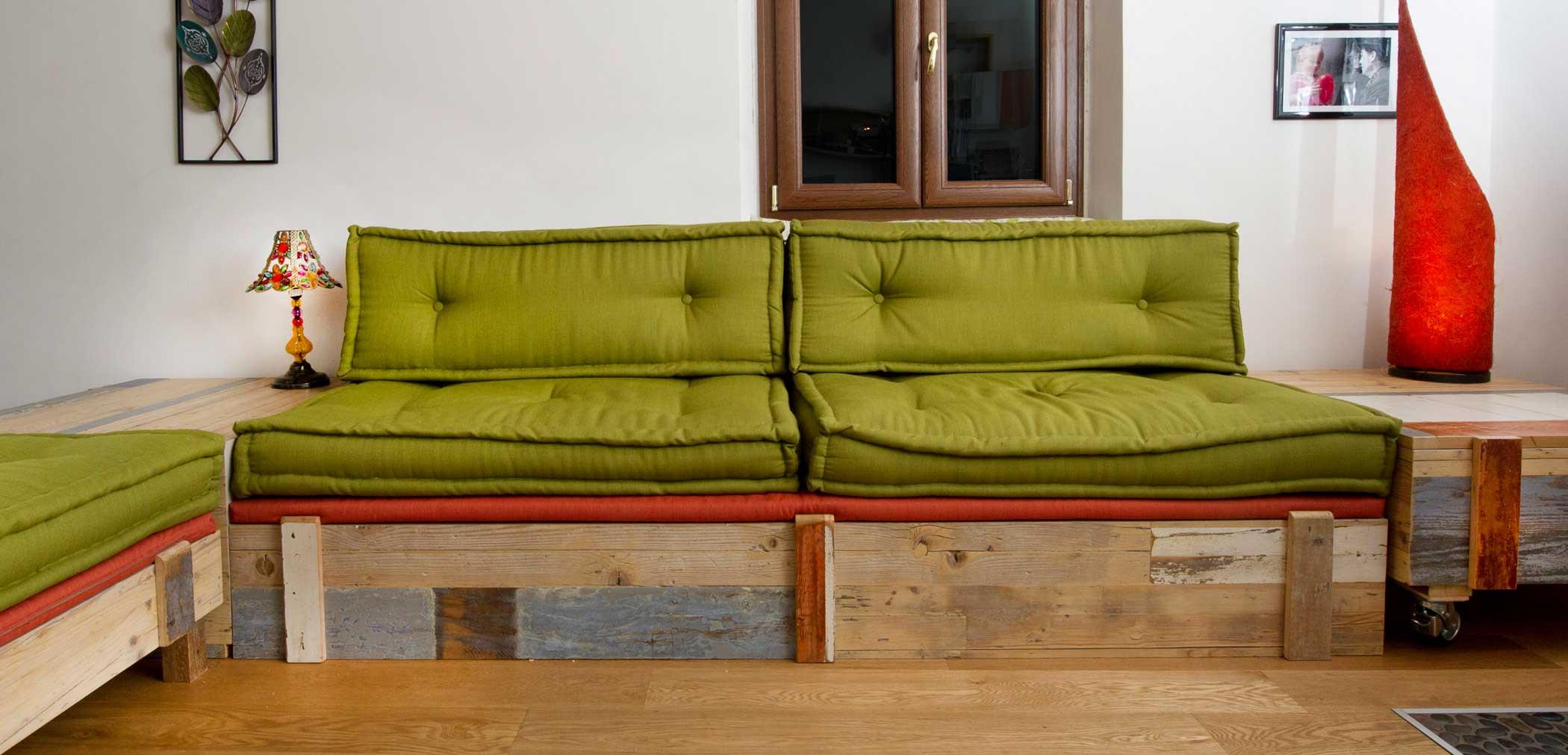 Sofa artigianale cucito a mano Abiuno