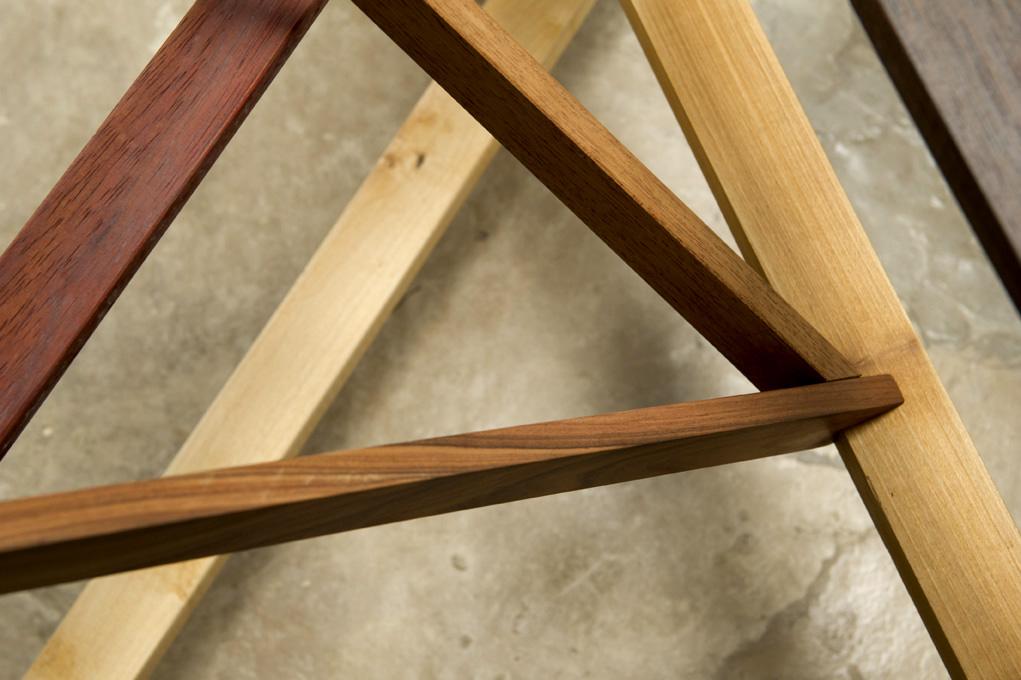 Struttura in legno massello realizzata a mano dalla falegnameria di design laquercia21