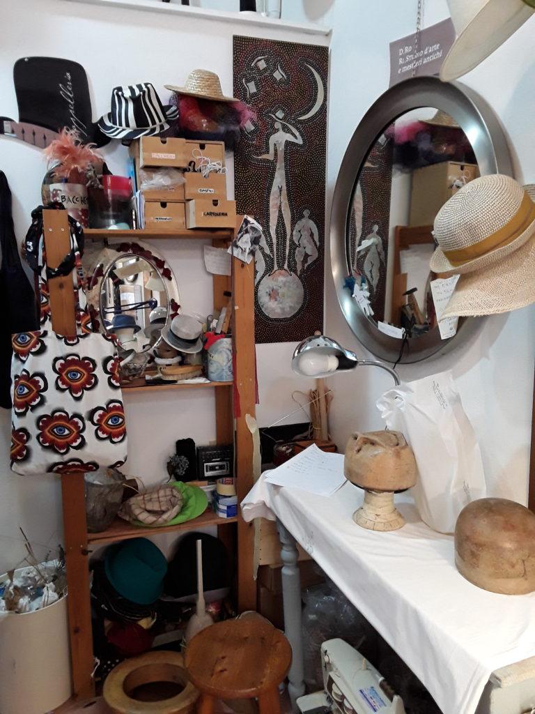 Cappelli in paglia e borse artigianali di Silvia Ronconi