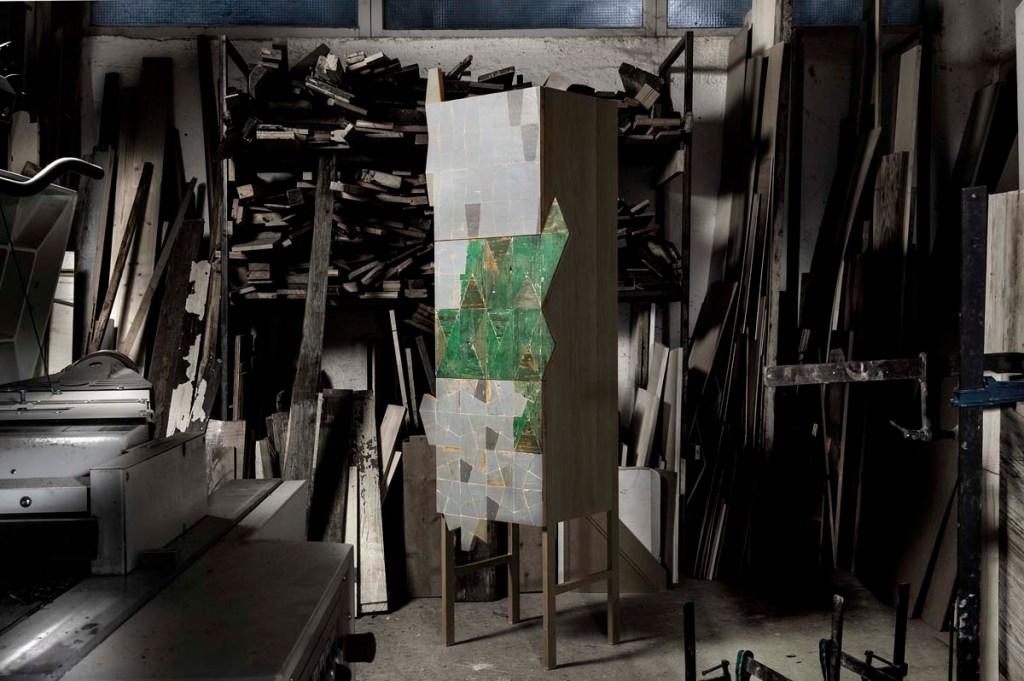 sperimetrare credenza alta con sportello verde legno vintage