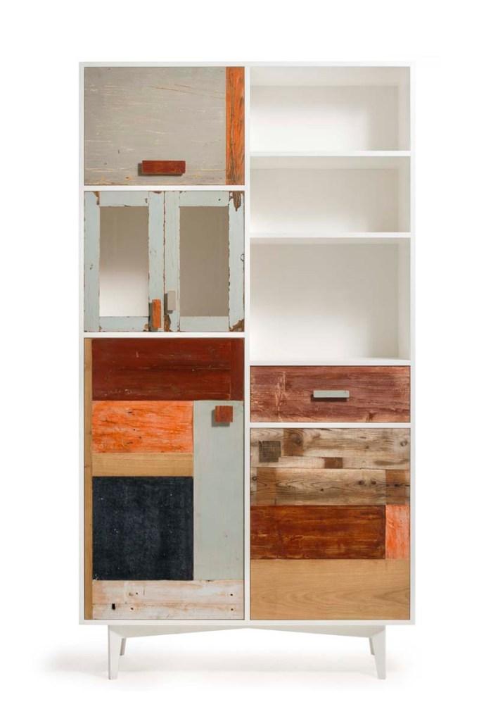 dispensa alta con cassetti e sportelli in legno vintage