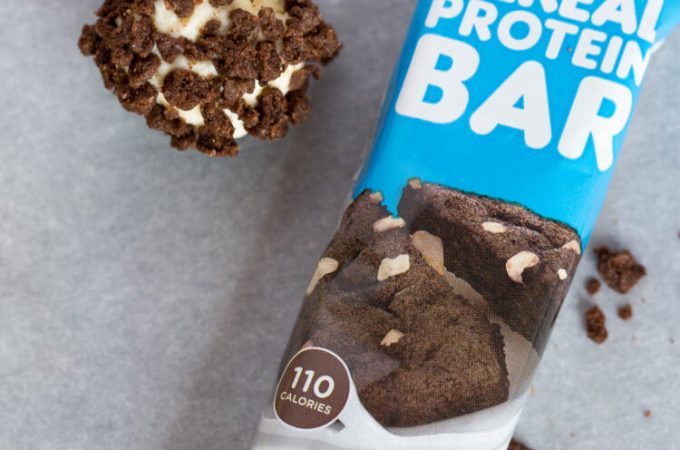 Keto Cookies and Cream Fat Bombs {Low carb | Gluten-Free}
