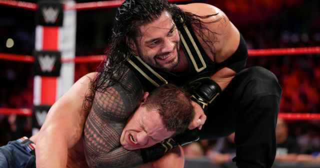 Roman-Reigns-With-John-Cena-In-A-Headlock