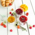 confitures maison aux herbes fraiches - mangue-verveine, fraise-thym, framboise-estragon