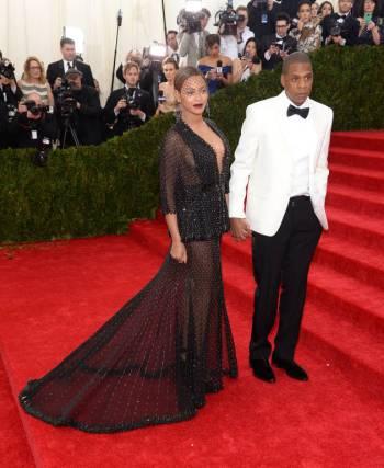 Jay Z e Beyonce, ambos em Givenchy