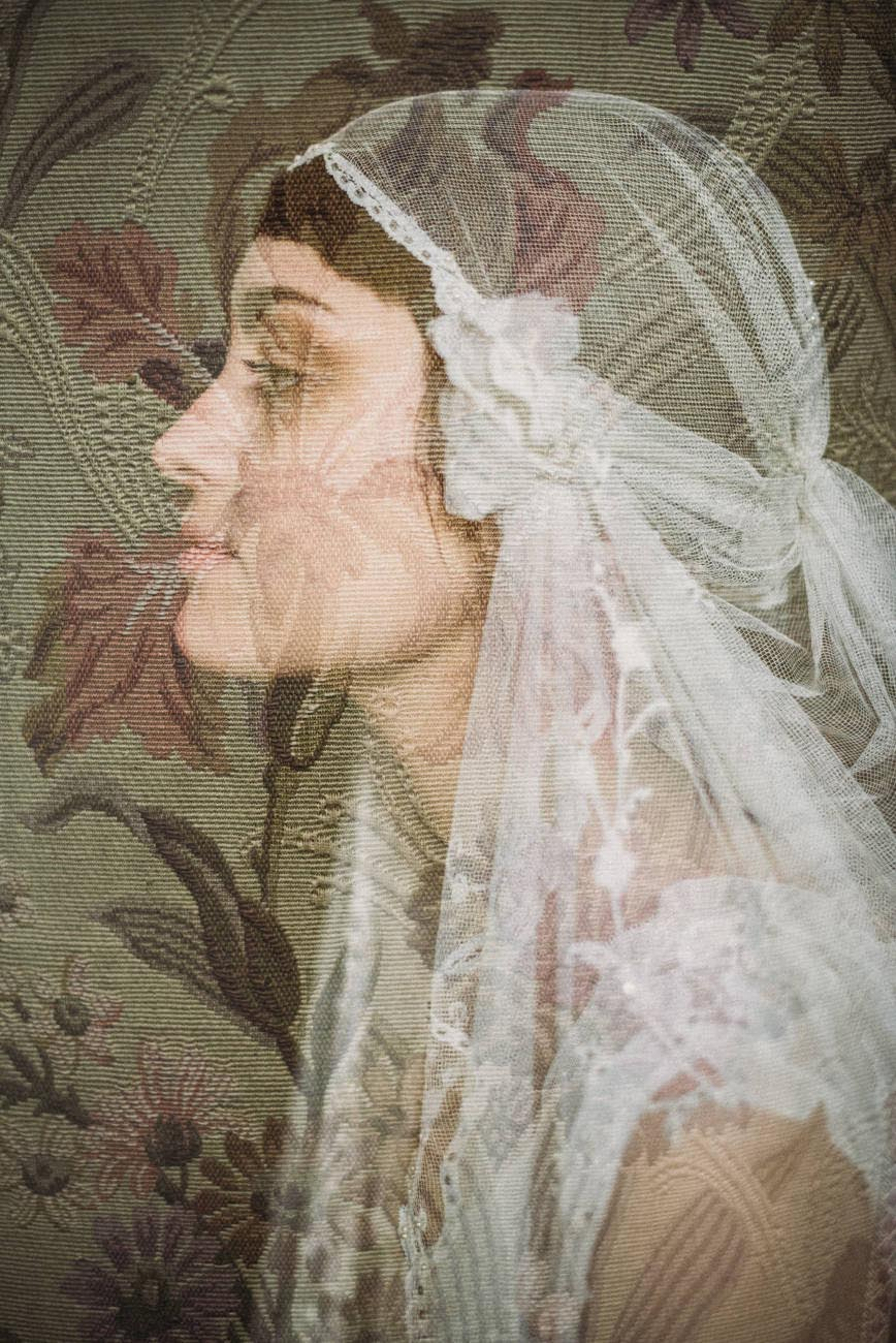 Vintage-wedding-lace-veil